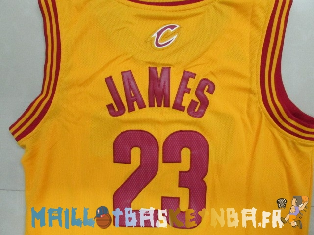 maillot nba enfants cleveland cavaliers lebron james jaune pas cher basket pas cher. Black Bedroom Furniture Sets. Home Design Ideas